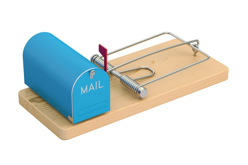 Fotolia_140396377_S-email-trap